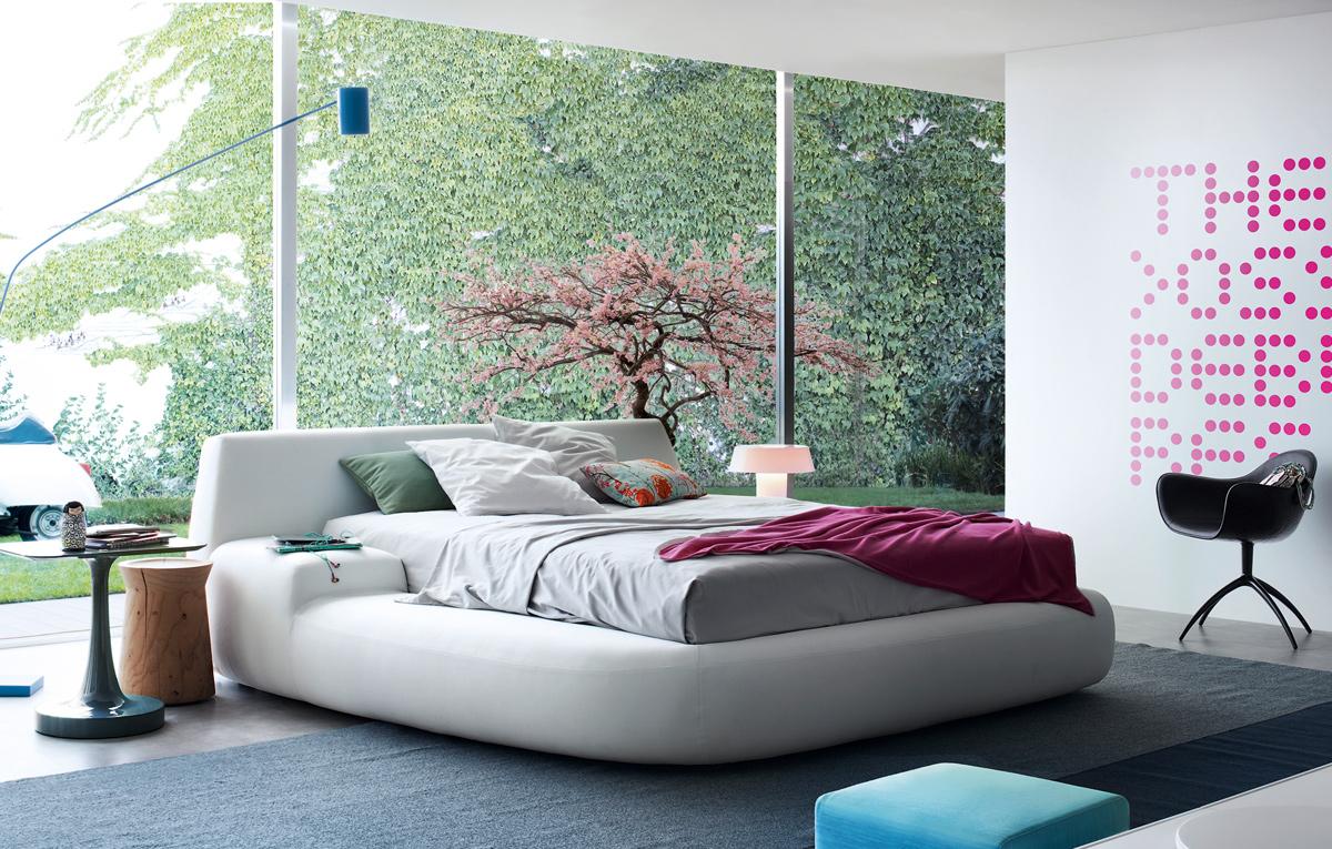 Big Bed 1